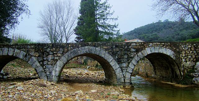 Bridge to Mas Blanc