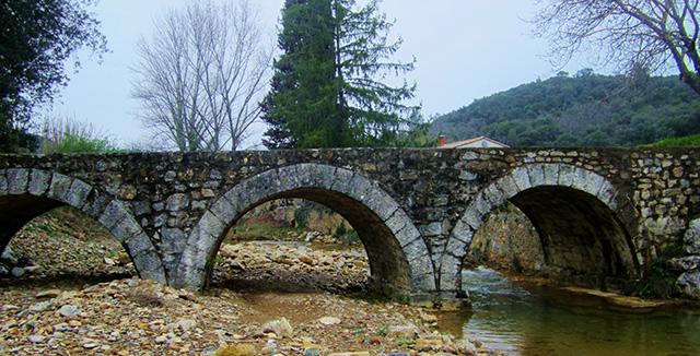 Bridge to Mas Blanc