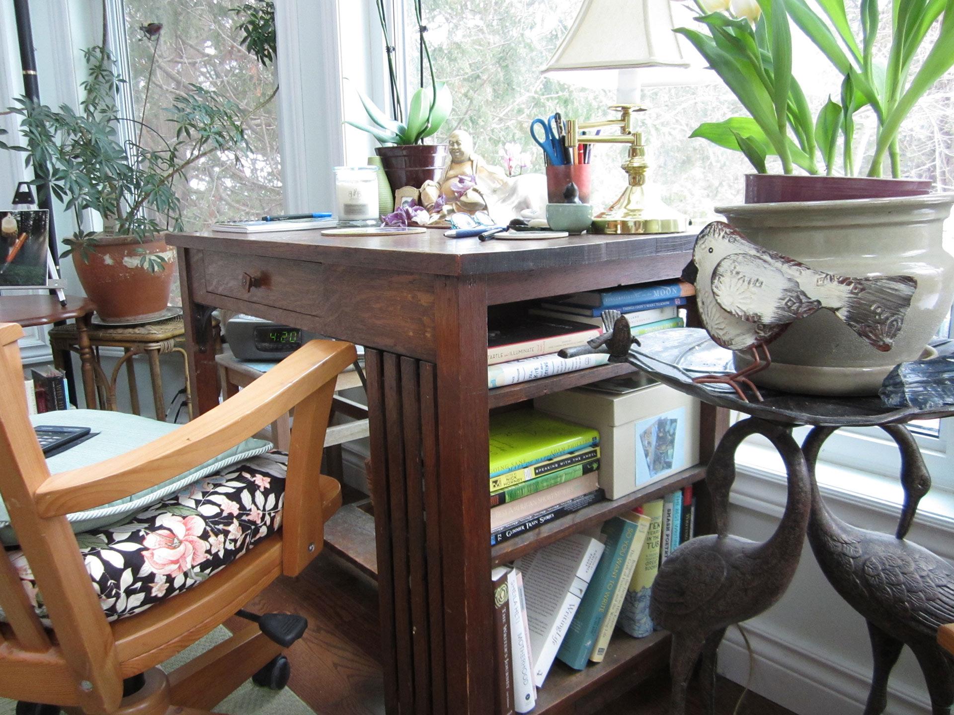 Bookshelf-desk
